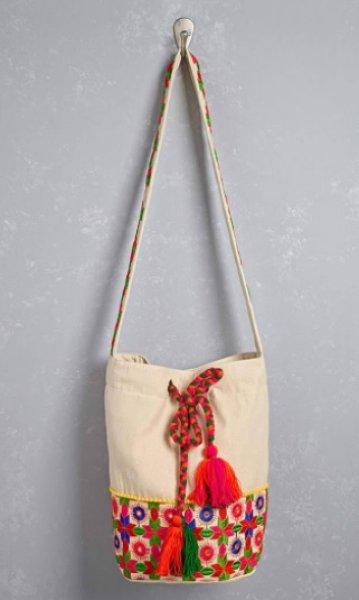画像1: Amale Embroidered Satchel (1)